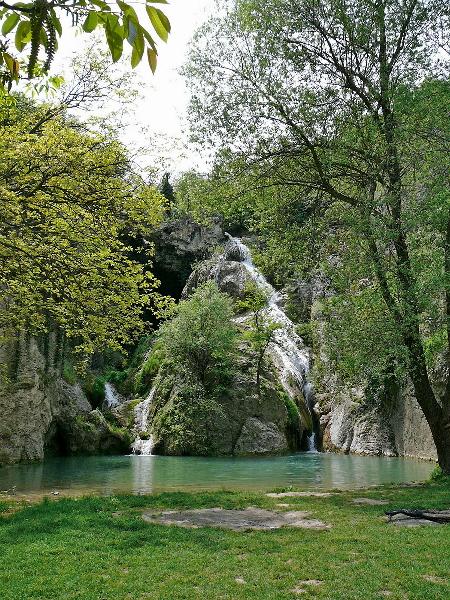 Hotnitsa Waterfalls