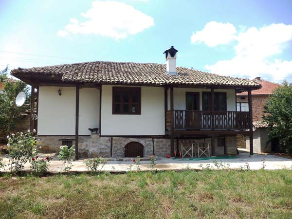 traditional Bulgarian houses for sale